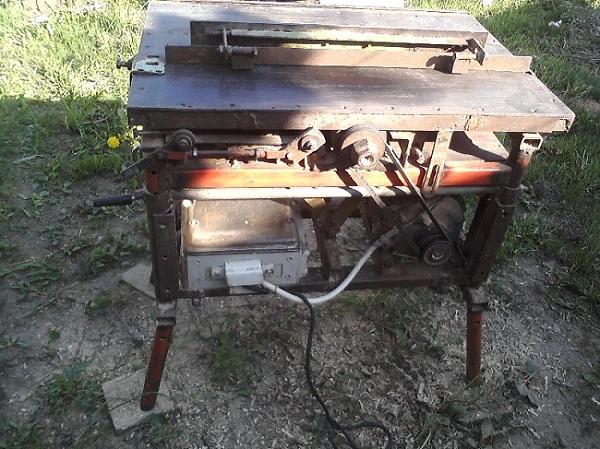 Házi bélés gép