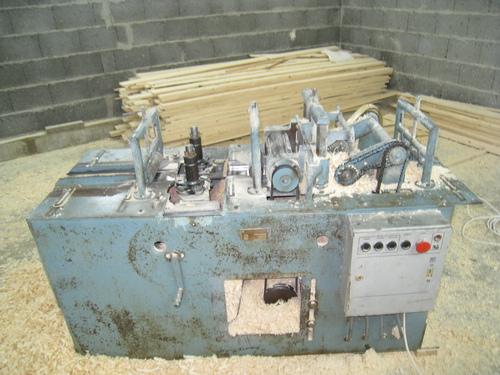 Háromoldalas panel marógép