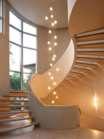 Lépcsőházi díszvilágítás