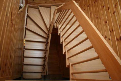 Winder lépcső