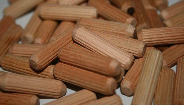 Dřevěné hmoždinky