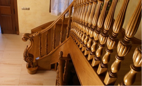 Fából készült lépcsőház a házadban