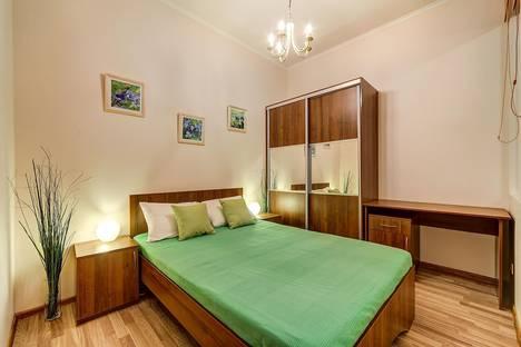 Снять квартиру на 3 недели в Санкт-Петербурге