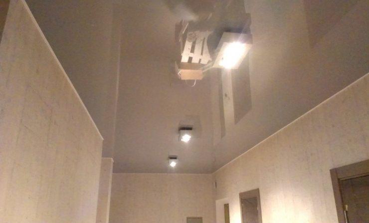 Натяжные потолки – превосходный вариант отделки потолочной поверхности