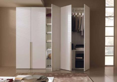 Как правильно выбрать распашной шкаф