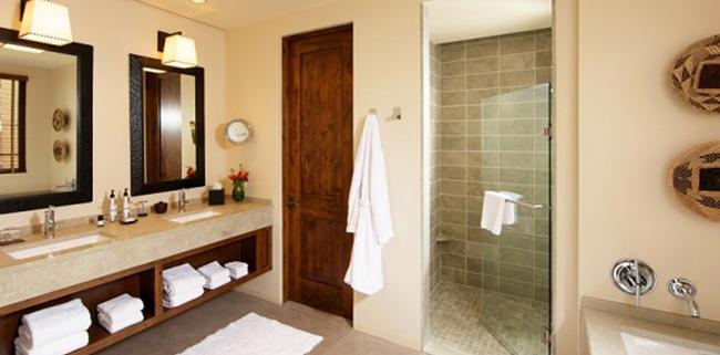 Подбирайте дверь для ванной комнаты с учетом всех параметров