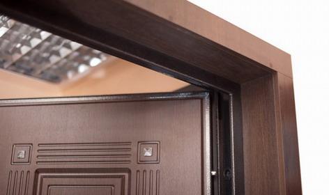 Как отрегулировать металлическую входную дверь