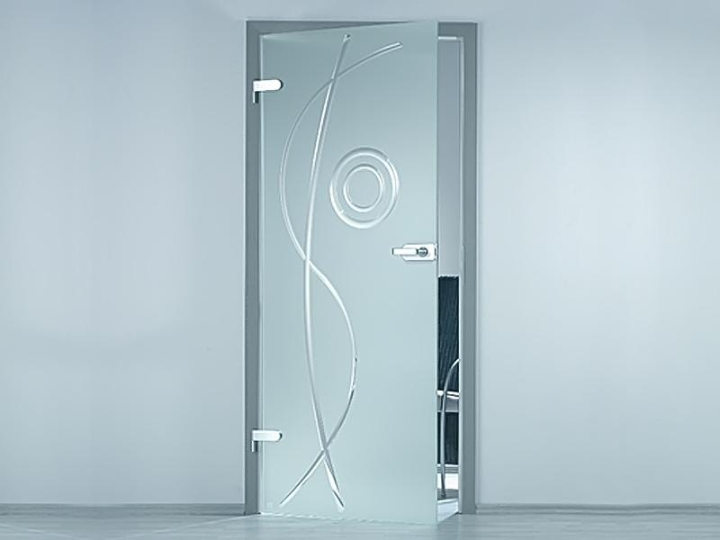 Актуальный тренд – межкомнатные стеклянные двери в интерьере