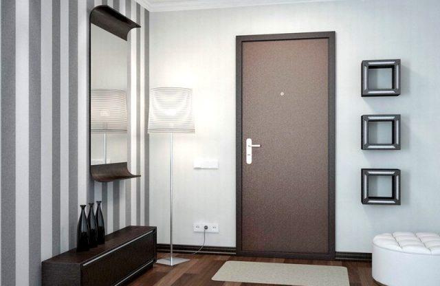 В чем разница между входной металлической дверью для квартиры и дома?